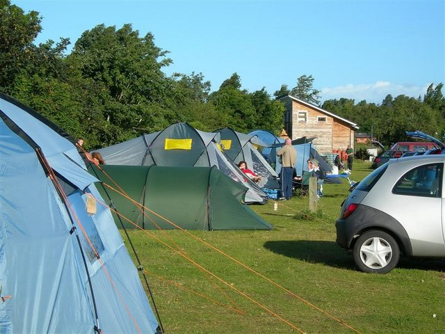 se faire des amis en camping